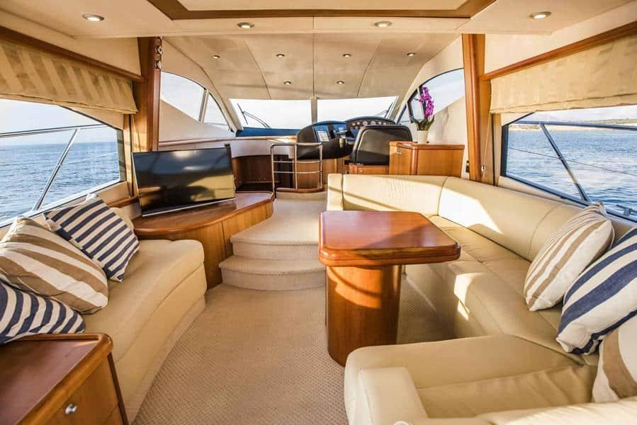 funseeker yacht living room