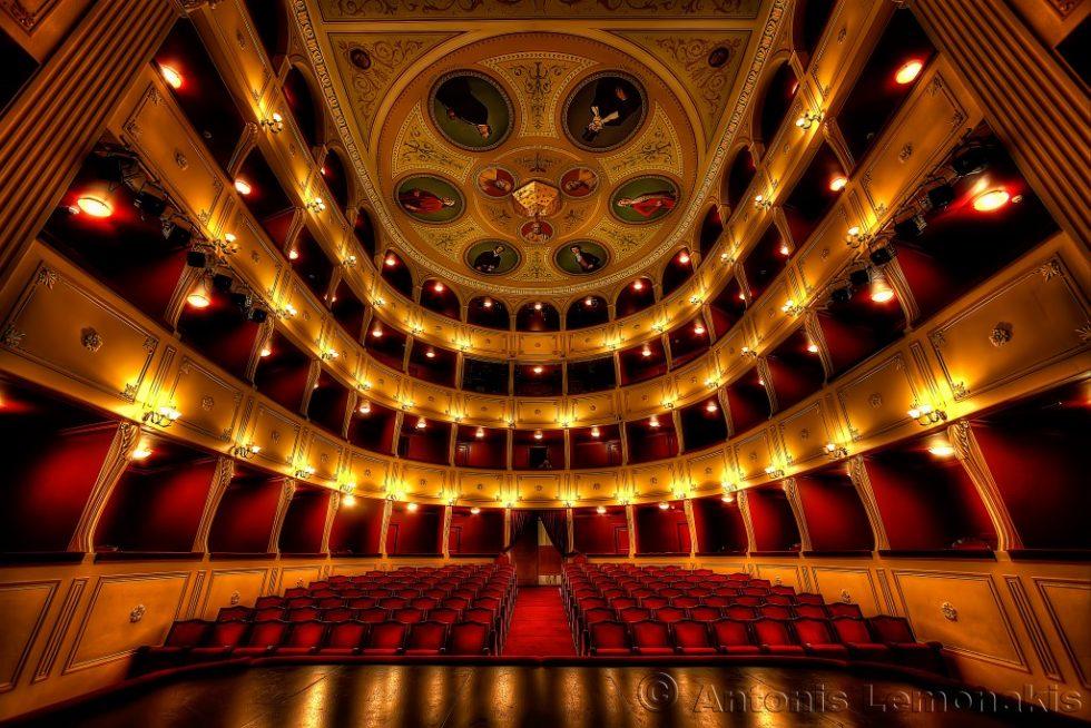 apollon_theatre syros